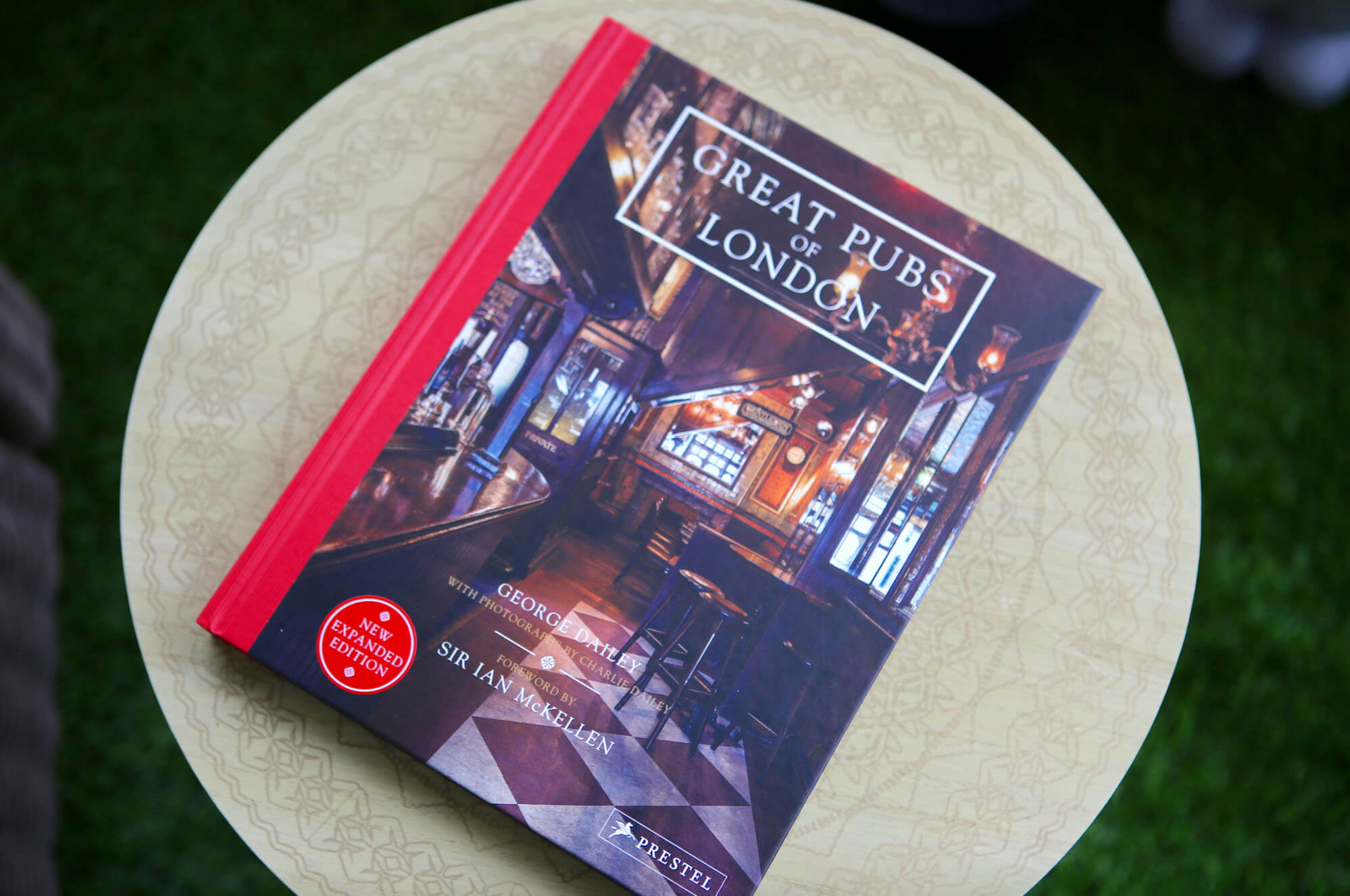 fathers day great pubs book