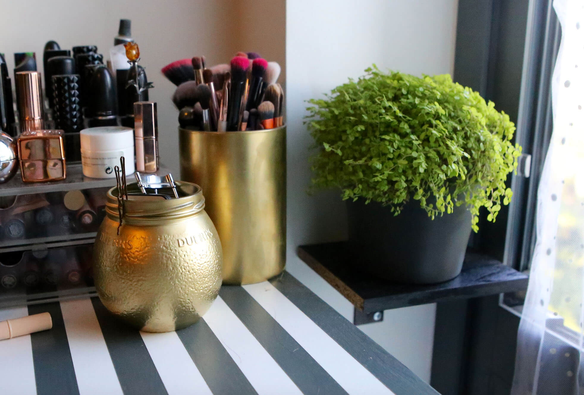 Gold Make Up Storage